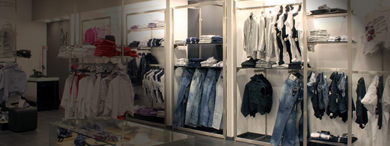Soluzioni espositive per moda e abbigliamento