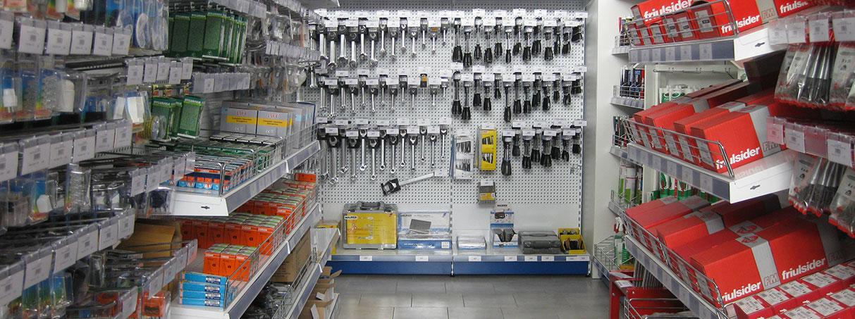 scaffali ferramenta